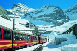Destination WEdding in the Swiss Alps
